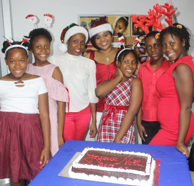 ENEPH a offert un sourire à des orphelins pour la Noël